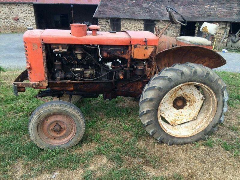 Tracteur agricole renault renault collection vendre sur marsaleix - Vide hangar materiel agricole occasion ...