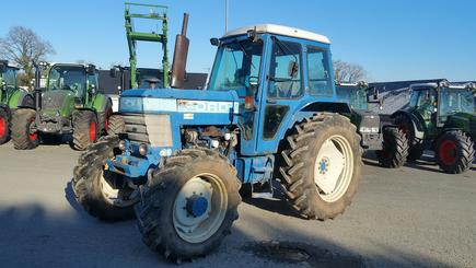 Tracteur agricole Ford 6710 - 1