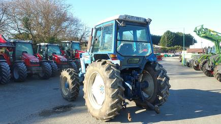 Tracteur agricole Ford 6710 - 4
