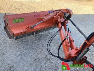 Broyeur d'accotement Agrimaster FA 200 - 1