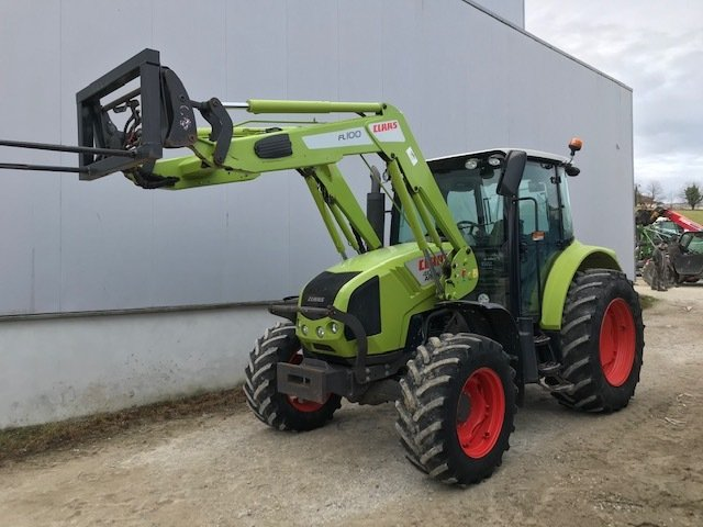 Tracteur agricole Claas Arion 410 - 1