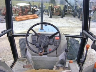 Tracteur agricole Ford 4830 - 4