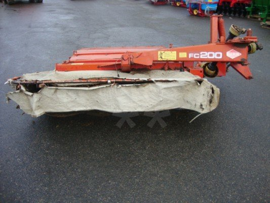 Faucheuse conditionneuse Kuhn FC 200 - 1